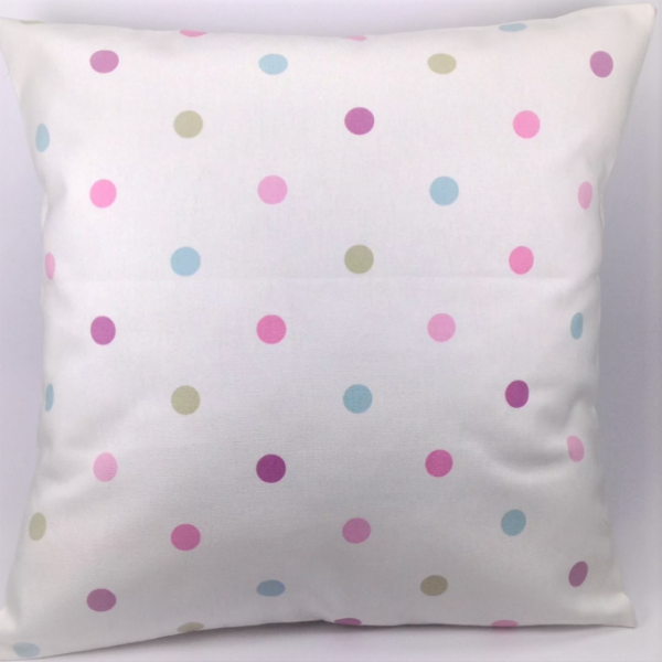 Polka-DotCushion